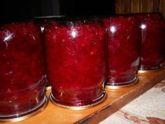 Salad with beets and sweet peppers My Recipes, Dessert Recipes, Cooking Recipes, Thai Dessert, Romanian Food, Romanian Recipes, Beet Salad, Stuffed Sweet Peppers, Easy Salads