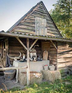 Walter Van Gastel - Countrystijl in de schuur - Foto Landelijk Wonen, Styliste Marie Masureel, Fotograaf Claude Smekens