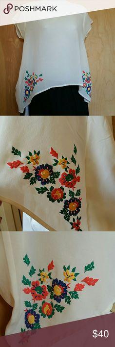 E & M blouse size M Excellent condition E & M Tops Blouses