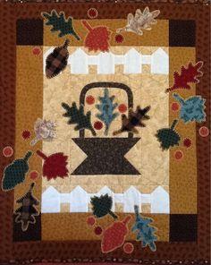Oak leaf basket  Pattern by Lynette Jensen of Thimbleberries