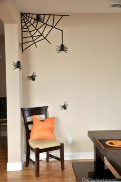 Halloween Decorations Home Tour - Quick and Easy Ideas Home Decor Ideas Bedroom Kids, Home Decoration Diy, Home Decoration Products, Home Decoration Diy Ideas, Home Decoration Design, Home Decoration Cheap, Home Decoration With Wood, Home Decoration Ideas. #decorationideas #decorationdesign #homedecor Diy Halloween, Halloween Tisch, Halloween Room Decor, Halloween Spider Decorations, Adornos Halloween, Dollar Store Halloween, Halloween Disfraces, Outdoor Halloween, Halloween Cubicle