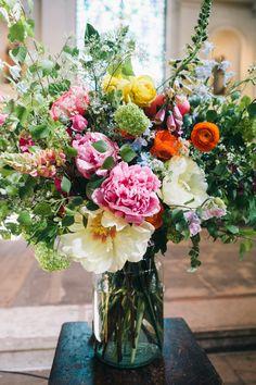 Brightly coloured wedding flowers by Cressida Jamieson. Wedding by Liz Linkleter Event Planning & Design