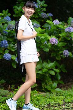 Cute Asian Girls, Cute Girls, Japanese School Uniform Girl, Tennis Wear, People Poses, Girls Uniforms, Character Modeling, Kawaii Girl, Japanese Fashion