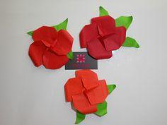 Flowers Designed by Leyla Torres  www.meirehirata.com Instagram: Meire Hirata Origami