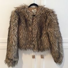 BB Dakota faux fur coat Never worn!! Perfect condition. Perfect for a trip to the snow. Super cozy & warm  BB Dakota Jackets & Coats Pea Coats