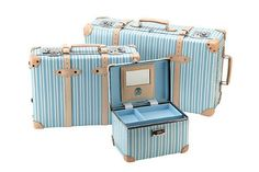 ... luggage/thumbs/thumbs_globe-trotter-azure-luggage-collection-1.jpg