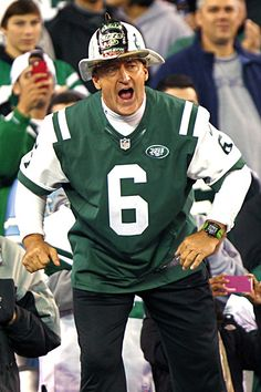 """Fireman Ed retires because """"some"""" JET FANS are dogging him because of his show of support for Sanchize. ED claims that the 49-19 loss to the New England Patriots on   Thanksgiving Day 2012 has nothing to do with his retirement. What do you think?"""