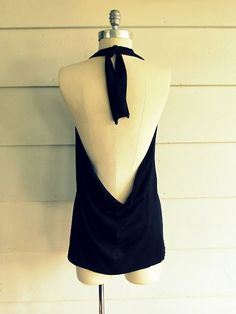 No sew tee refashion into a halter dress. Brilliant...