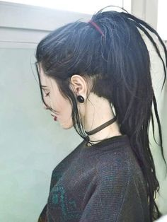 Dream hair. Lon black dreads with undercut. Wish I could pull it off, but black hair doesn't suit me well.