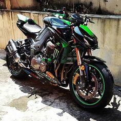 Kawasaki Shared by Motorcycle Fairings - Motocc Corvette Cabrio, Chevrolet Corvette, Moto Bike, Motorcycle Bike, Ducati, Kawasaki Bikes, Kawasaki Ninja, Custom Sport Bikes, Cool Motorcycles