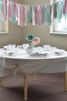 would be adorable in linny's room as a valance. greens, of course