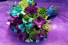 Purple & Teal boquet I would replace the green with white Flower Bouquet Wedding, Floral Wedding, Boquet, Perfect Wedding, Dream Wedding, Wedding Guest Table, Purple Teal, Purple Flowers, White Flowers