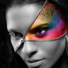 You can found here DIY Zipper Halloween Face Makeup, DIY Fantasy Make Up Ideas. See here the DIY Zipper Halloween Designs For Girls. Halloween Makeup Looks, Halloween Make Up, Zipper Halloween Makeup, Halloween Face, Halloween Ideas, Halloween 2014, Halloween Costumes, Women Halloween, Halloween Party