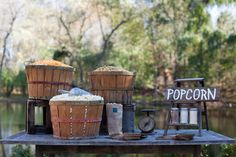 This is perfect for the kettle corn at my wedding. And I have those baskets!