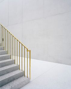 "subtilitas: "" Bearth & Deplazes, Durisch & Nolli, & Gramazio Kohler - Extension to the Federal courthouse, Bellinzona Photos © Tonatiuh Ambrosetti. Staircase Handrail, Interior Staircase, Stairs Architecture, Banisters, Stair Railing, Staircase Design, Interior Architecture, Interior Design, Stair Detail"