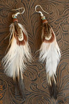 Items similar to Indian style, retro, real feather Feather Crafts, Feather Art, Feather Jewelry, Feather Earrings, Diy Earrings, Jewelry Crafts, Jewelry Art, Handmade Jewelry, Jewelry Design