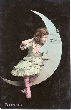 Vintage tinted Paper Moon postcard with a little girl, Edwardian era. Moon Photos, Moon Pictures, Paper Moon, Over The Moon, Stars And Moon, Vintage Postcards, Vintage Images, Vintage Ephemera, Vintage Paper
