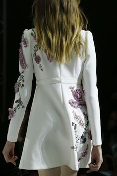 forlikeminded:    Giambattista Valli - Paris Fashion Week / Spring 2016