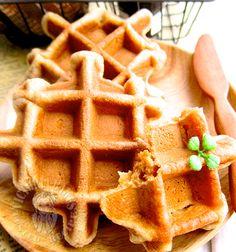 original flavour mochi waffle 原味麻糬松饼 ‧⁺◟( ᵒ̴̶̷̥́ ·̫ ᵒ̴̶̷̣̥̀ ) – Victoria Bakes Mochi Waffle Recipe, Mochi Recipe, Waffle Recipes, Dutch Recipes, Baking Recipes, Dessert Recipes, Dessert Food, Asian Dinner Recipes, Asian Desserts