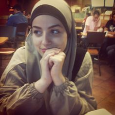 Such a beauty without make up n dressing modestly! True Hijab   Syar'i   everydayismine27