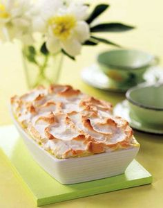 Banana Pudding Recipe by Trisha Yearwood -- and about the same that was on the Nabisco Nilla Wafers box.  Delectable!