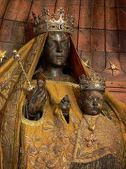 Black Madonna of Chartres | by Walwyn