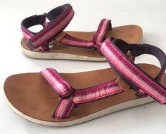 d86b1b78ab7c Teva Women s size 10 Original Universal Ombre Sport Sandal Shoes Raspberry  Pink  Teva  SportSandals