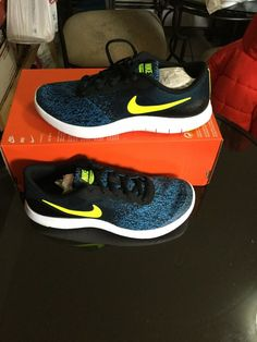 Nike Free RN 2017 Girls Boys Trainer Shoe Size 3.5-6 Running Black Hot Punch