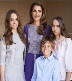 Jordanian Queen Rania with her children (L)Princess Iman, Princess Salma (R), and Prince Hashem
