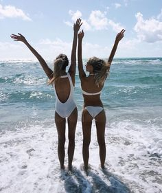 FREE SHIPPING IN U.S! WE SHIP WORLDWIDE! *HURRY! LOW IN STOCK* Detox together to save money! This besties package was created just for you and your best friend. Our Besties 28-Day Detox Tea is a non-l