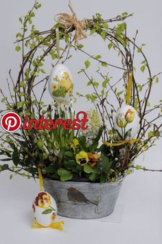 I love this basket arrangement. It's light and airy for Easter/Springstroik I love this basket arrangement. It's light and airy for Easter/Springstroik Easter Flower Arrangements, Easter Flowers, Spring Flowers, Easter Projects, Easter Crafts, Easter Decor, Deco Floral, Easter Holidays, Easter Table