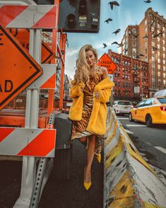 February New York Fashion Week Outfit Recap - Welcome to Olivia Rink Crazy Outfits, Casual Outfits, Olivia Rink, Nyfw Style, New York Fashion, New Trends, Leather And Lace, Casual Chic, February 19