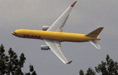 Stuntflying a DHL Boeing 767F