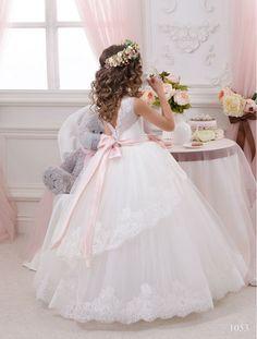 Elegant White Lace Sheer Tulle First Communion Dresses for Girls V Back Vestidos de Comunion Casamento Flower Girl Dresses