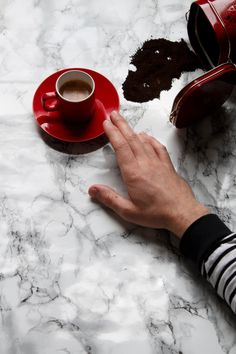 01.01.2017 . . . #coffee #coffeelovers #caffeine #espresso #black #thelondonlifeinc #newyyear #manmeetsfashion #lifestyle #breton #flatlay