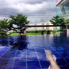 Relaxing after workout 💪  www.reza-style.com & @reza__01 #rezastyle #mensstyle #mensfashion #menswear # fashion #streetstyle#gym