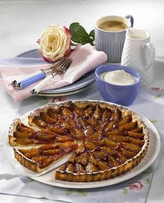 Sweet Desserts, Sweet Recipes, Yummy Recipes, Quiches, Apricot Tart, Healthy Recepies, French Kitchen, Marzipan, Cake Cookies