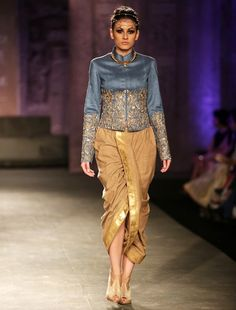 This look just works! That Kurta and that dhoti. Anju Modi for India Couture Week Lakme Fashion Week, India Fashion, Asian Fashion, Indian Attire, Indian Wear, Indian India, Indian Dresses, Indian Outfits, Fashion Pants