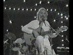 Mort de Georges Moustaki, le chanteur du Métèque