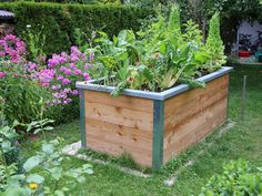 Try one of these raised bed kits and have your own beautiful and productive raised beds ready to grow food in no time at all. Making Raised Beds, Raised Garden Bed Kits, Building Raised Beds, Love Garden, Garden In The Woods, Rooftop Garden, Indoor Garden, Greenhouse Cover, Trellis Panels