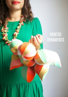 Easy Painted Ornaments / Image via: Oh Happy Day #trim #holidaydecor