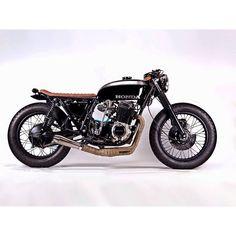 Honda CB750 by @motohangar