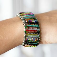 And the kids thought Friendship bracelets went out of style! :) How to make this cute DIY Safety Pin Bracelet!