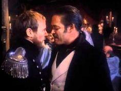 "Version en anglais du ""Kanonensong"", adaptation ciné  Mack the Knife (1989)"
