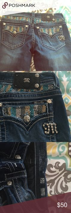 Miss Me 29 JE5554B2R These are super cute Miss Me boot it jeans- size 29 with gold, silver and blue gems! Make an offer today! Miss Me Jeans Boot Cut