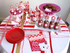 Hello Kitty Party, classy and cute! #HelloKitty #HelloKittyParty #BirthdayDecorations