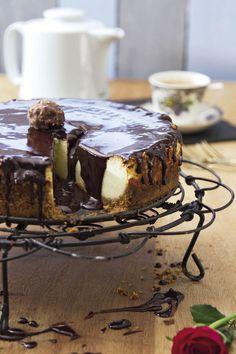 RESEP: Kaaskoek met sjokoladesous   via Kuier #AllesOpEenPlek