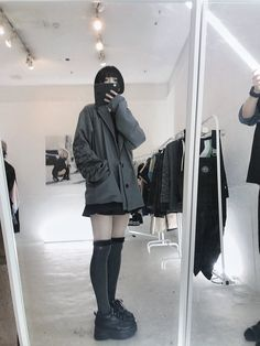 Korean Fashion Trends, Korean Street Fashion, Girl Facial, School Girl Outfit, I Love Girls, Alternative Outfits, Hot Outfits, Ulzzang Girl, Japanese Girl