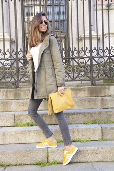 It girl - Trench X sneakers