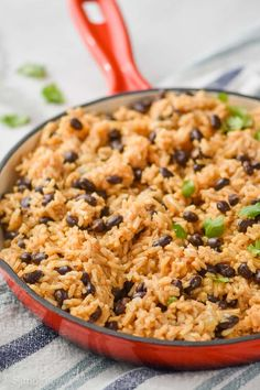 Black Beans and Rice is a one pot dinner made with just a few ingredients from your pantry. It's a delicious and easy dinner that's easy on the wallet too! Chicken Broccoli Rice Casserole, Slow Cooker Broccoli, Dried Black Beans, Black Beans And Rice, Jambalaya Soup, Vegetable Quiche, Spinach Quiche, Hamburger Seasoning, Dinner Today